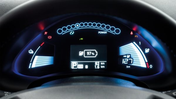Palubní deska Nissanu Leaf